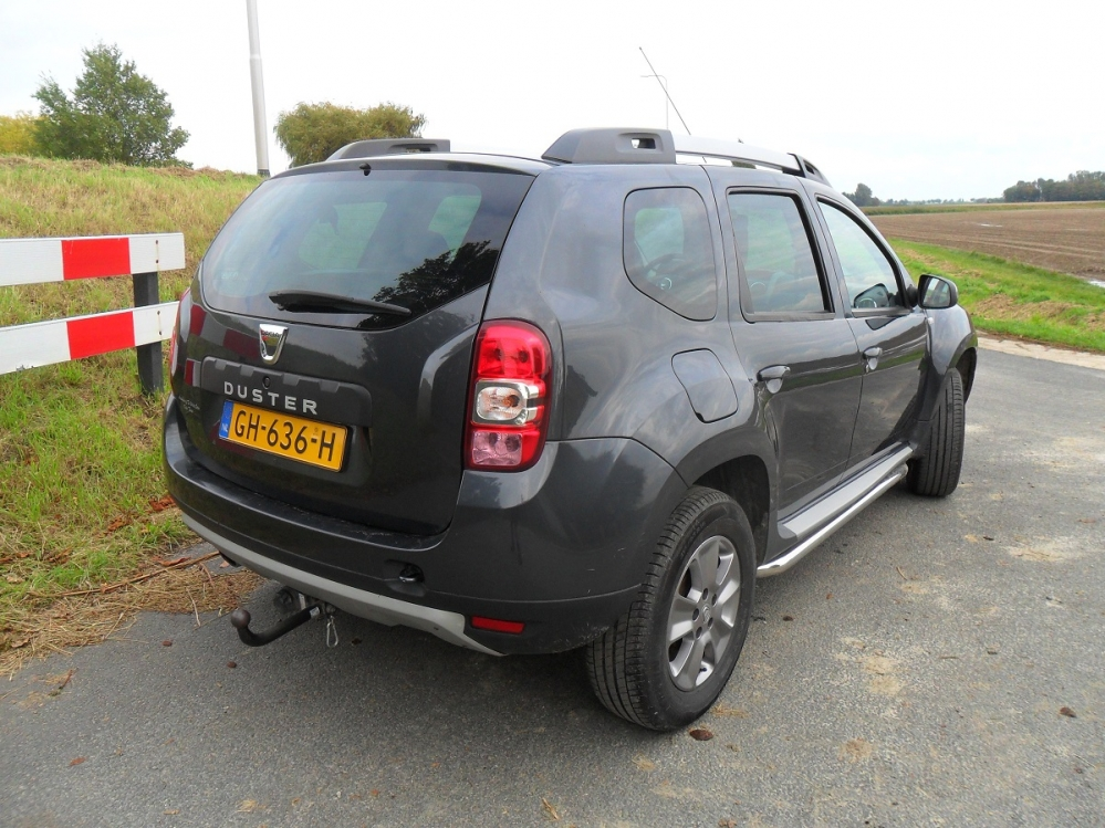 W POMP CADDY EN DACIA PETER DE K 012