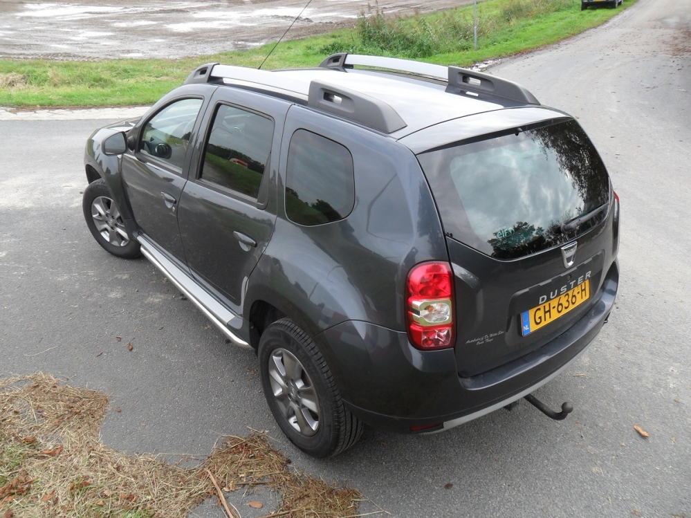 W POMP CADDY EN DACIA PETER DE K 013